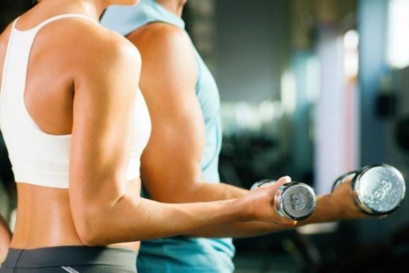 二の腕の筋トレBEST3!自宅でできるトレーニング方法をご紹介